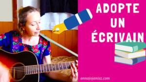 L'écrivain Annajo Janisz joue une chanson pour convaincre les lecteurs de l'adopter