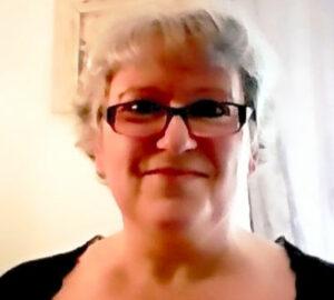 Photo de la thérapeute sophrologue énergéticienne Martine Foucard